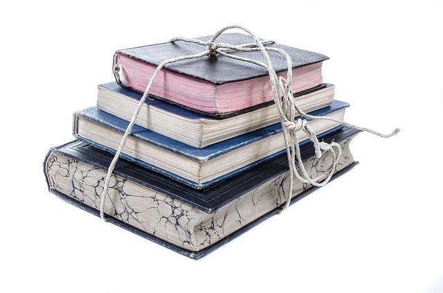 book-316410_640